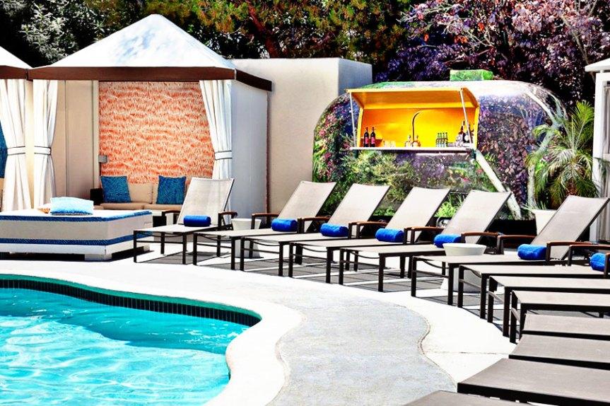 W Los Angeles Wet Deck
